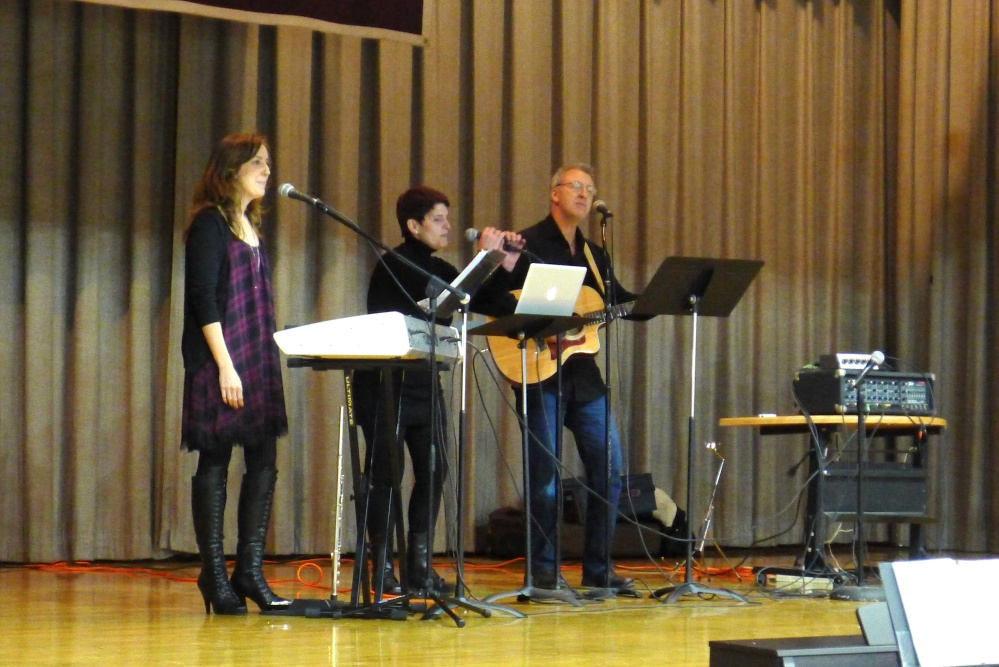 Musicians Raise Their Spirit in Song for Good Counsel (3/6)