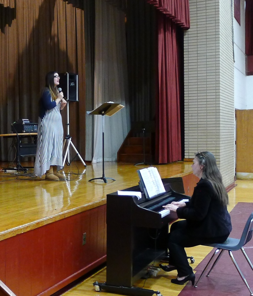 Musicians Raise Their Spirit in Song for Good Counsel (4/6)