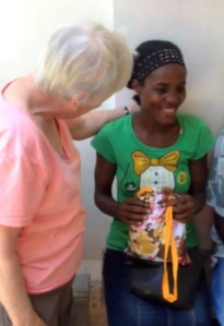 This woman has just received her kit and is very happy to have found a solution to this problem.